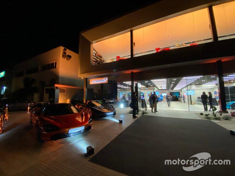 Presentación McLaren Barcelona exposición