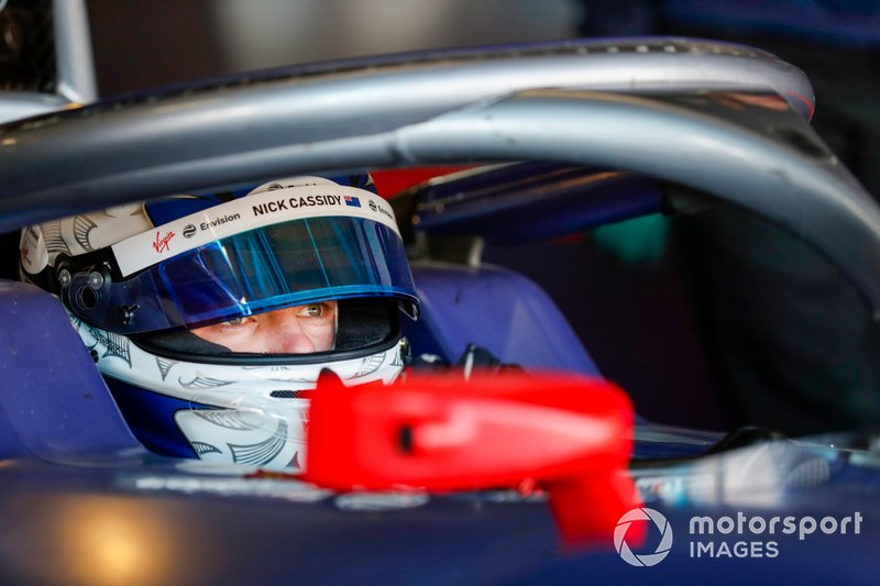 Nick Cassidy, Rookie Test Driver per Envision Virgin Racing