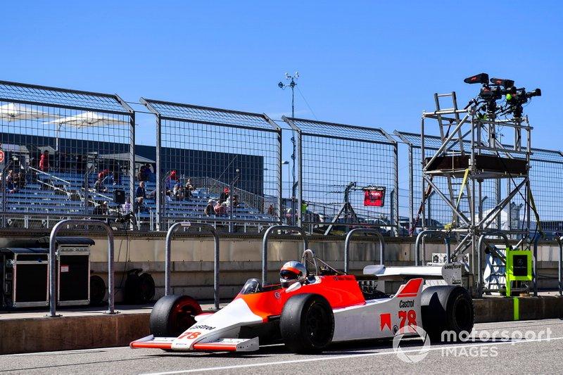 Histórico F1 McLaren M29C