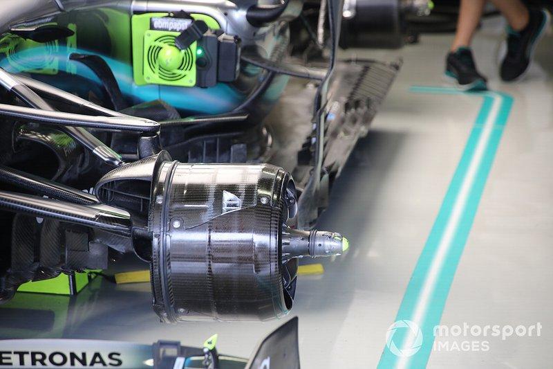Detalle de los frenos del Mercedes AMG F1 W10