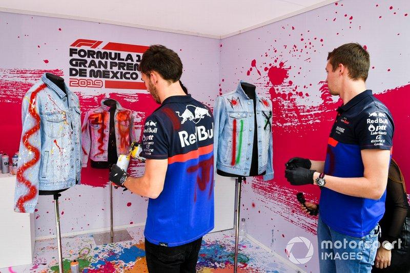 Pierre Gasly, Toro Rosso y Daniil Kvyat, Toro Rosso pinta ropa con spray