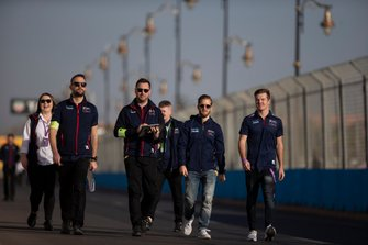 Sam Bird, Virgin Racing, Nick Cassidy, Rookie Test Driver for Envision Virgin Racing