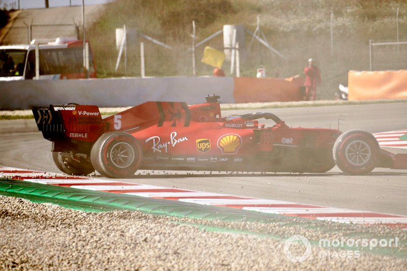 Sebastian Vettel, Ferrari SF1000 spins out