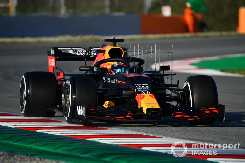 20º Alex Albon, Red Bull Racing RB16: 1:17.550 (con neumáticos C2)
