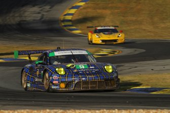 #9 Pfaff Motorsports Porsche 911 GT3 R: Scott Hargrove, Zacharie Robichon, Lars Kern