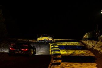 #3 Corvette Racing Corvette C7.R, GTLM: Jan Magnussen, Antonio Garcia, Mike Rockenfeller,#24 BMW Team RLL BMW M8 GTE, GTLM: Jesse Krohn, John Edwards, Philipp Eng
