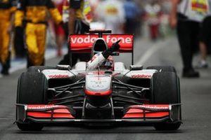Race winner Jenson Button, McLaren MP4/25