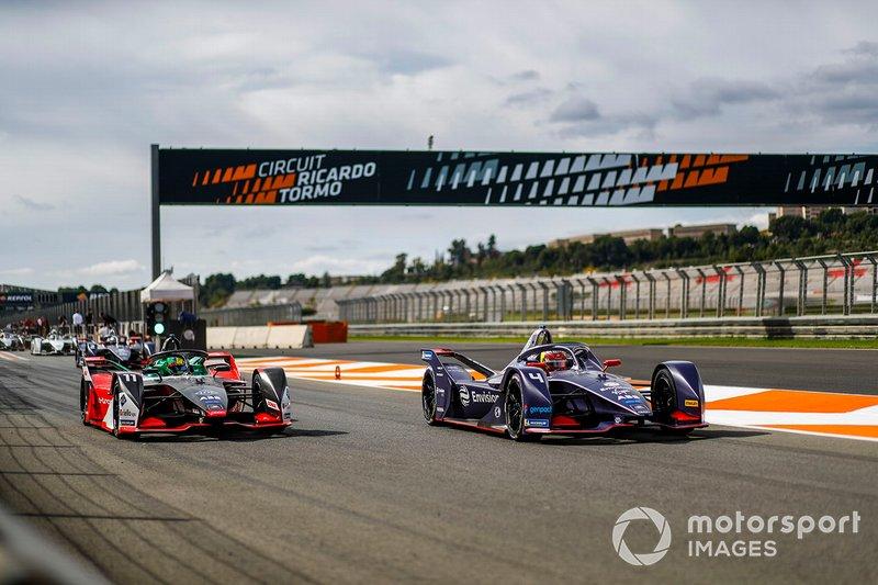 Lucas Di Grassi, Audi Sport ABT Schaeffler, Audi e-tron FE06, Robin Frijns, Envision Virgin Racing, Audi e-tron FE06