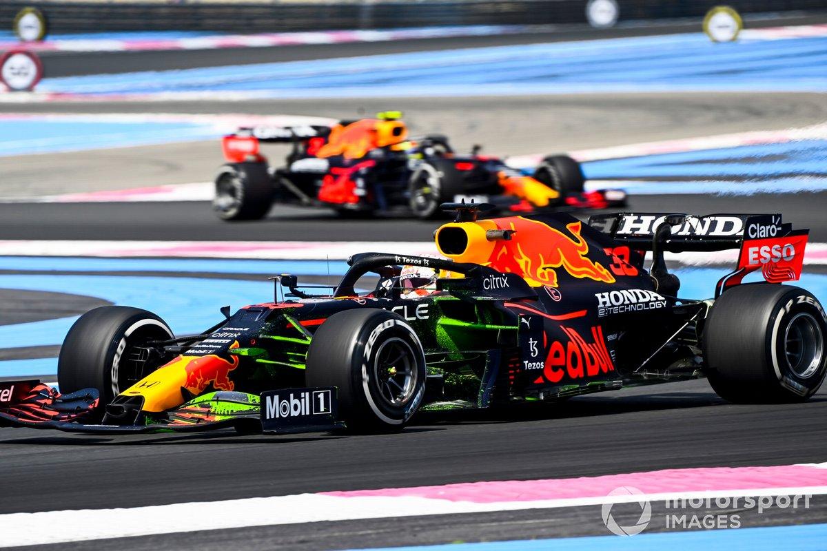 Max Verstappen, Red Bull Racing RB16B, Sergio Pérez, Red Bull Racing RB16B
