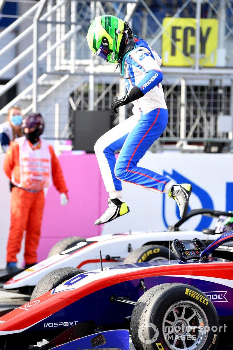 Ganador David Schumacher, Trident