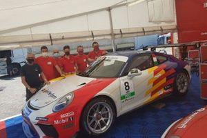 Team Ghinzani Arco Motorsport con la n.8 Q8 High Perform di Alberto Cerqui