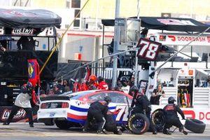B.J. McLeod, Live Fast Motorsports, Ford Mustang DA-Quick Clip / Solomon Plumbing pit stop