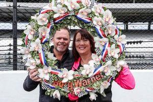 Il proprietario del team Meyer Shank Racing Honda Mike Shank e la moglie
