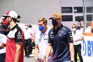 Mick Schumacher, Haas F1, and Max Verstappen, Red Bull Racing