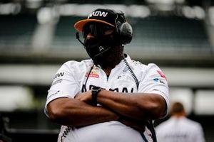 Felix Rosenqvist, Arrow McLaren SP Chevrolet crew member