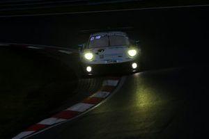 #3 Rutronik Racing Porsche GT3-R: Romain Dumas, Julien Andlauer, Tobias Müller, Laurens Vanthoor
