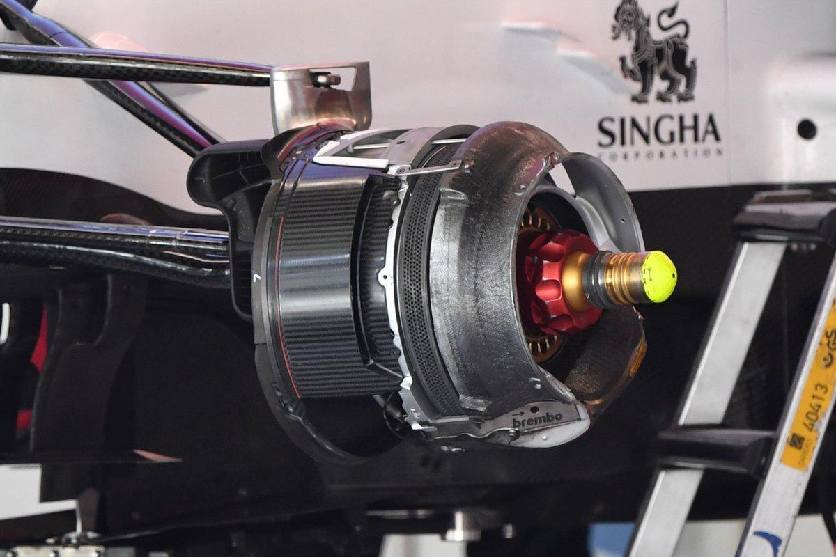 Detalle del ducto de freno frontal del Alfa Romeo C41