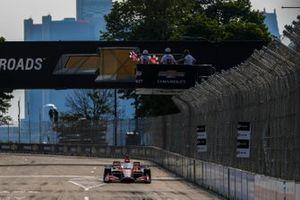 Race winner Marcus Ericsson, Chip Ganassi Racing Honda