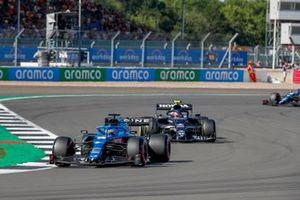 Fernando Alonso, Alpine A521, Pierre Gasly, AlphaTauri AT02
