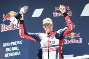 Podium: Race winner Fabio di Giannantonio, Federal Oil Gresini Moto2