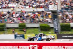 John Hunter Nemechek, Kyle Busch Motorsports, Toyota Tundra Power Up Premium Trail Mix checkered flag