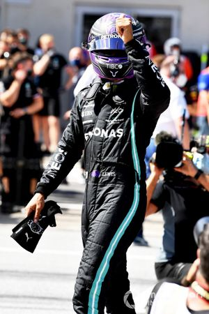 Lewis Hamilton, Mercedes, gives a thumbs up from Parc Ferme after Qualifying