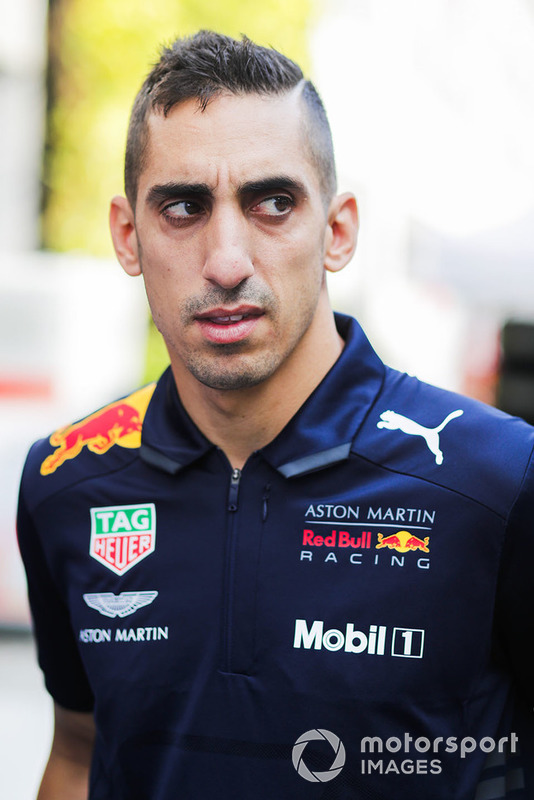 Sebastien Buemi, Tester e pilota di riserva, Red Bull Racing