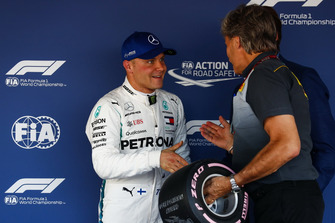 Valtteri Bottas, Mercedes AMG F1, receives his Pirelli Pole Position award