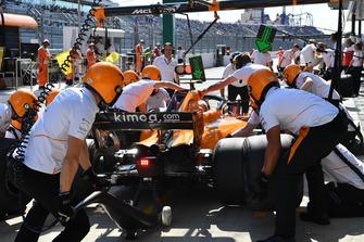 Pit stop de Stoffel Vandoorne, McLaren MCL33