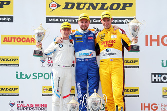 Podium - Ricky Collard, WSR BMW, Sam Tordoff, Motorbase Performance Ford Focus and Tom Chilton, Motorbase Performance Ford Focus