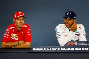 Sebastian Vettel, Ferrari y Lewis Hamilton, Mercedes AMG F1 en conferencia de prensa