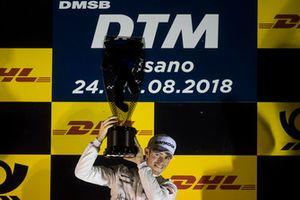 Podium: Race winner Paul Di Resta, Mercedes-AMG Team HWA, Mercedes-AMG C63 DTM