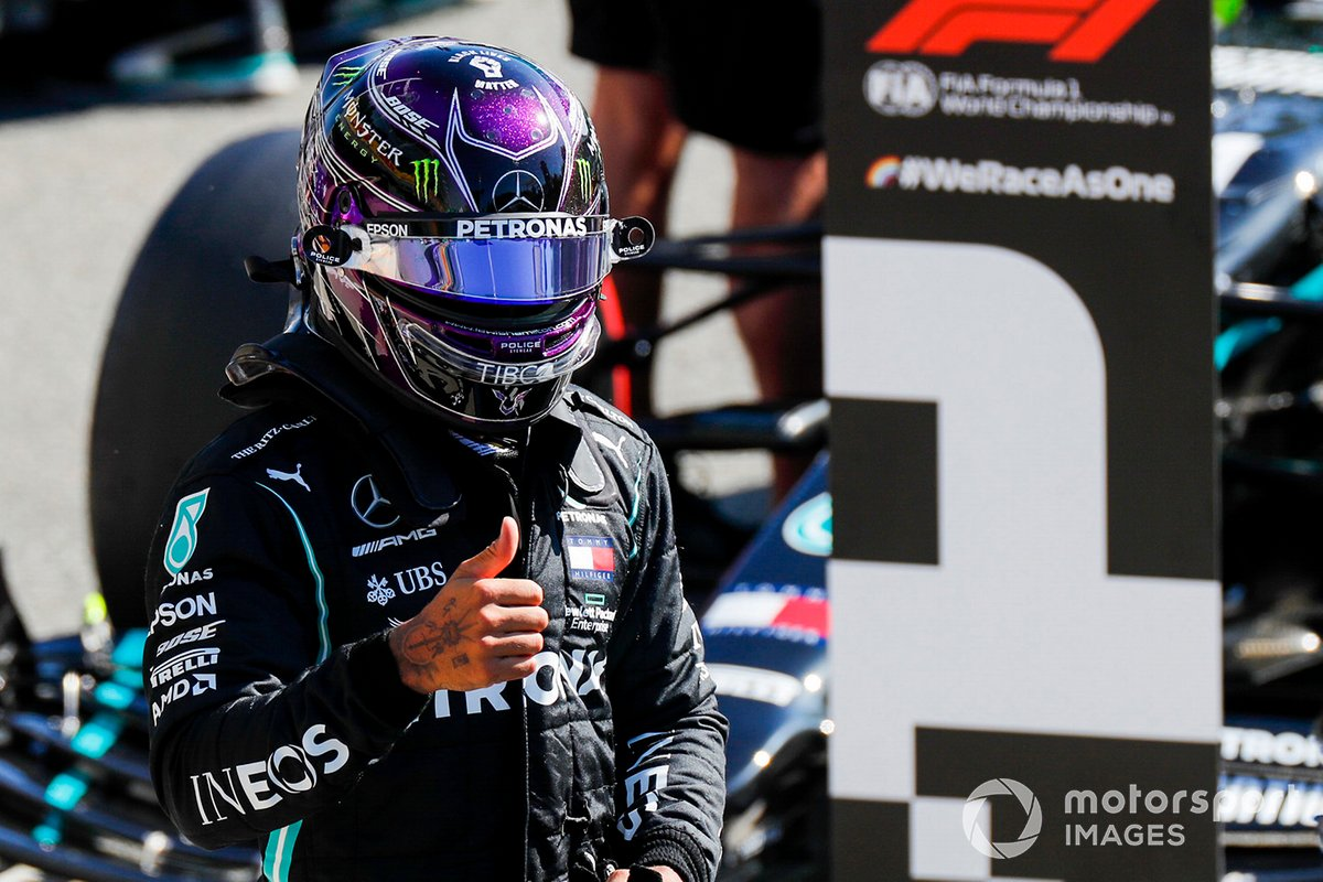 Ganador de la pole Lewis Hamilton, Mercedes F1 W11
