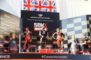 Podio: Scott Redding, Aruba.it Racing Ducati, ganador Jonathan Rea, Kawasaki Racing Team, Chaz Davies, ARUBA.IT Racing Ducati