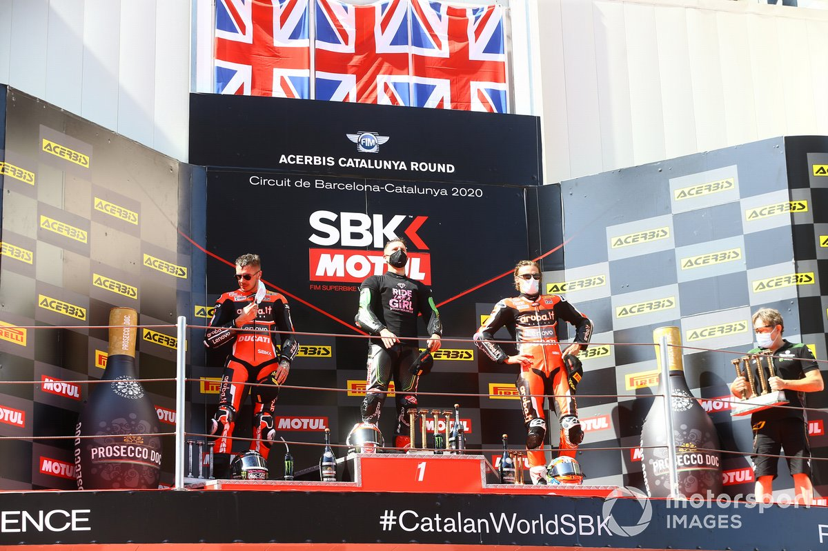 Podio: Scott Redding, Aruba.it Racing Ducati, ganador Jonathan Rea, Kawasaki Racing Team, Chaz Davies, ARUBA.IT Racing Ducati