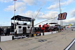 Aric Almirola, Stewart-Haas Racing, Ford Mustang Smithfield Hometown Original