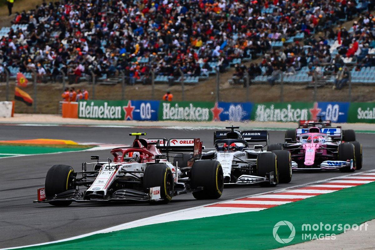 Antonio Giovinazzi, Alfa Romeo Racing C39, Daniil Kvyat, AlphaTauri AT01, e Sergio Perez, Racing Point RP20