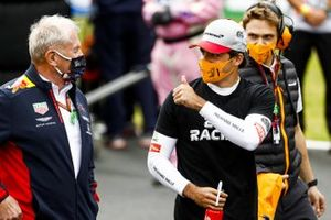 Helmut Marko, Consultant, Red Bull Racing, and Carlos Sainz Jr., McLaren, on the grid