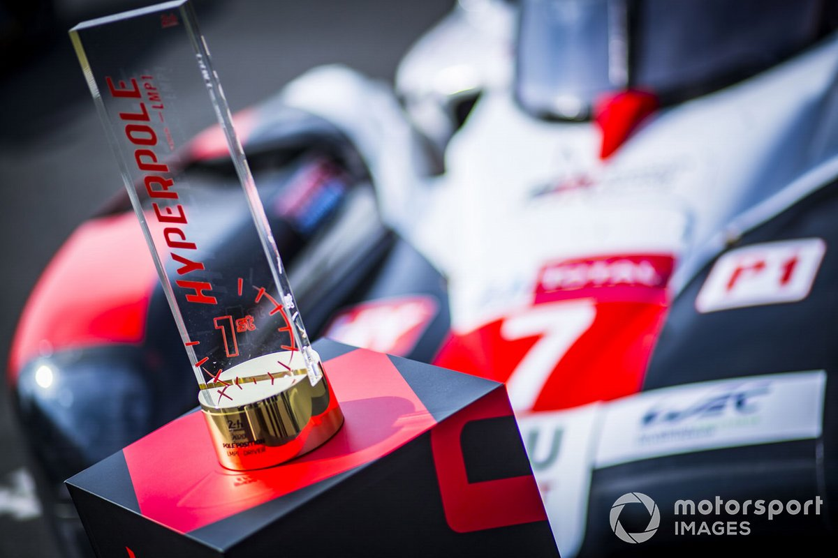 Trofeo de la Hyperpole para el #7 Toyota Gazoo Racing Toyota TS050