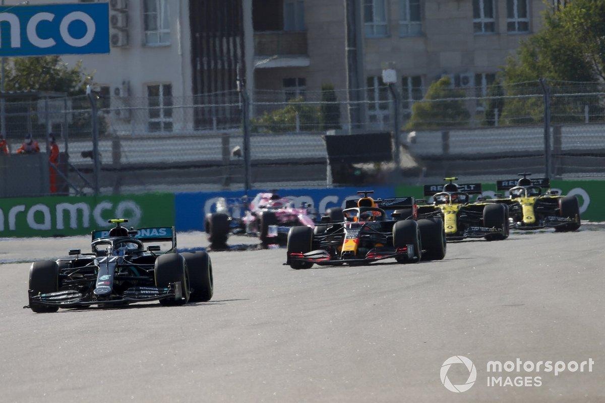 Valtteri Bottas, Mercedes F1 W11, Max Verstappen, Red Bull Racing RB16, Esteban Ocon, Renault F1 Team R.S.20, Daniel Ricciardo, Renault F1 Team R.S.20