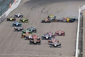 Alexander Rossi, Andretti Autosport Honda, Simon Pagenaud, Team Penske Chevrolet, Marco Andretti, Andretti Herta with Marco & Curb-Agajanian Honda, crash