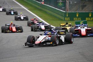 Louis Deletraz, Charouz Racing System, precede Robert Shwartzman, Prema Racing, Guanyu Zhou, UNI-Virtuosi, e Pedro Piquet, Charouz Racing System