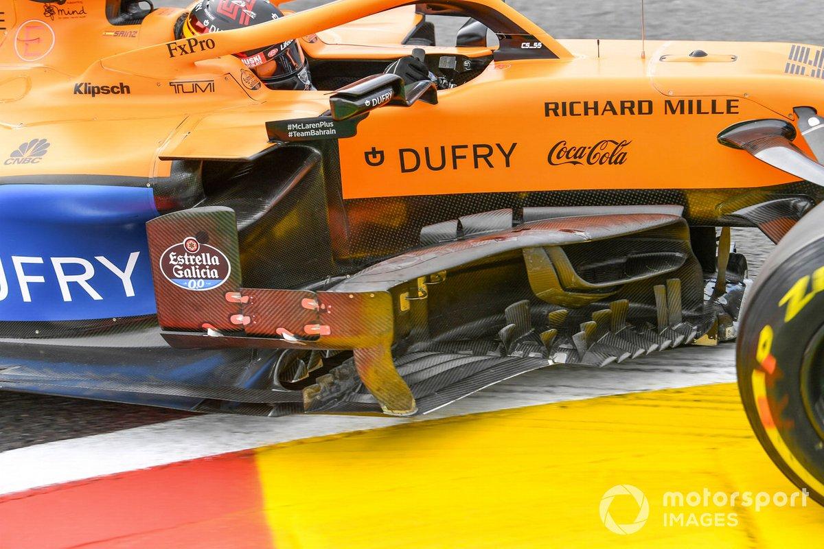Barge boards sulla macchina di Carlos Sainz Jr., McLaren MCL35