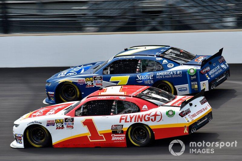 Michael Annett, JR Motorsports, Chevrolet Camaro Pilot Flying J and Justin Allgaier, JR Motorsports, Chevrolet Camaro Suave Men