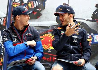 Pierre Gasly, Red Bull Racing, Daniil Kvyat, Toro Rosso
