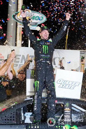 Kurt Busch, Chip Ganassi Racing, Chevrolet Camaro Monster Energy celebrates his win