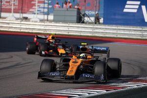 Lando Norris, McLaren MCL34, leads Alex Albon, Red Bull Racing RB15