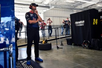 Chad Knaus and William Byron, Hendrick Motorsports, Chevrolet Camaro Liberty University