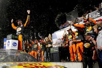 Ganador Martin Truex Jr., Joe Gibbs Racing, Toyota Camry