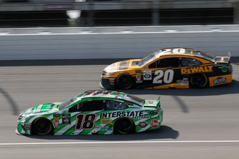 Kyle Busch, Joe Gibbs Racing, Toyota Camry Interstate Batteries Erik Jones, Joe Gibbs Racing, Toyota Camry DeWalt